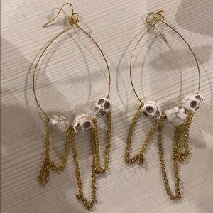 Earrings brand new 💕